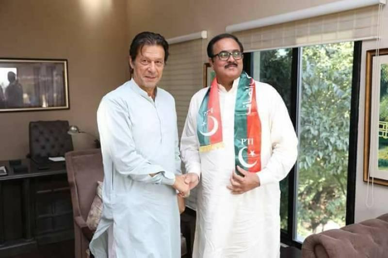 Imran Khan expels 'rapist' of Pakistani actress Shabnam from PTI after social media backlash
