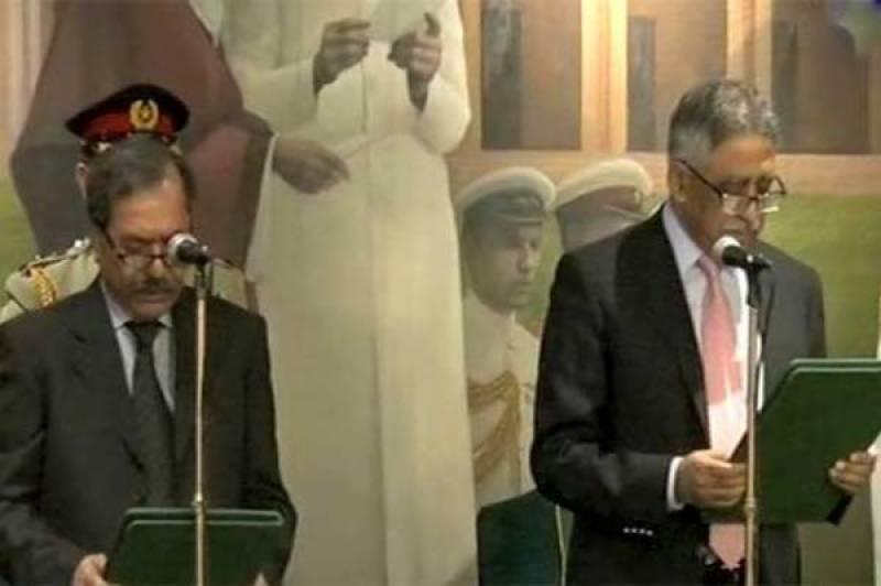 Fazalur Rehman takes oath as Sindh CM