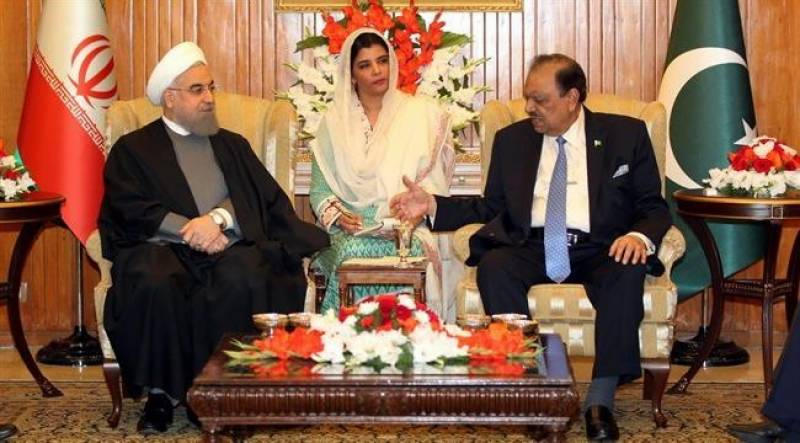 Pakistan, Iran agree to strengthen economic ties by connecting Gwadar, Chahbahar ports