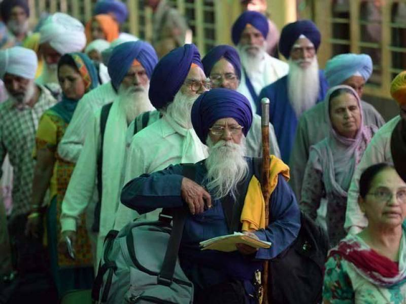 Sikh Yatrees reach Lahore from Nankana Sahib