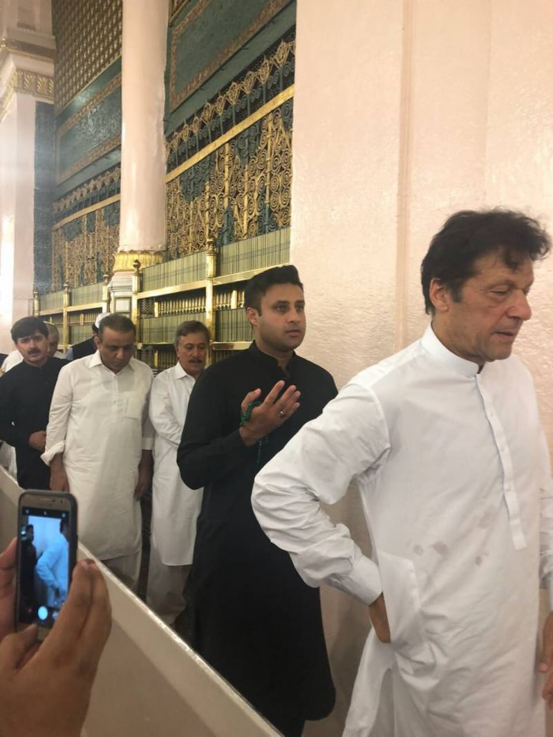 Imran Khan denies influencing Interior Ministry for striking Zulfi Bukhari's name off ECL