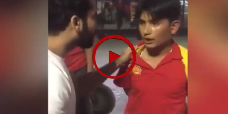 Petrol Pump official caught red handed under filling fuel (VIDEO)