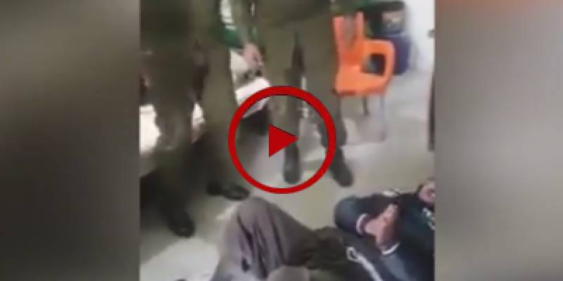 Police officers rough up local for delaying debt payment (VIDEO)