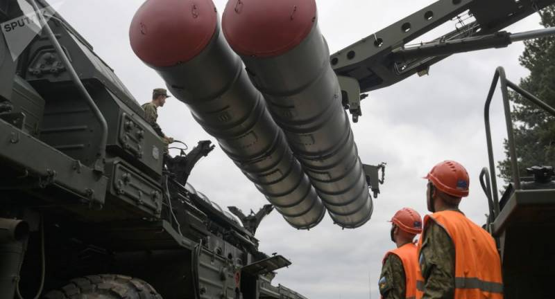 F35 or S-400: US threatens Turkey with sanctions over Russian anti-missile systems deal