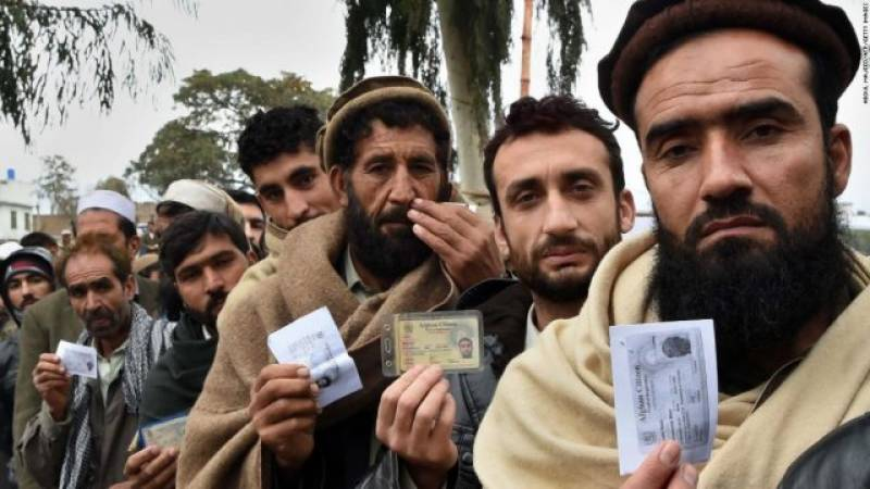 Interim government extends Afghan refugees' stay in Pakistan