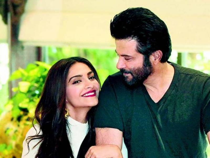 Father-Daughter love : Here's Why Anil Kapoor is a Proud father