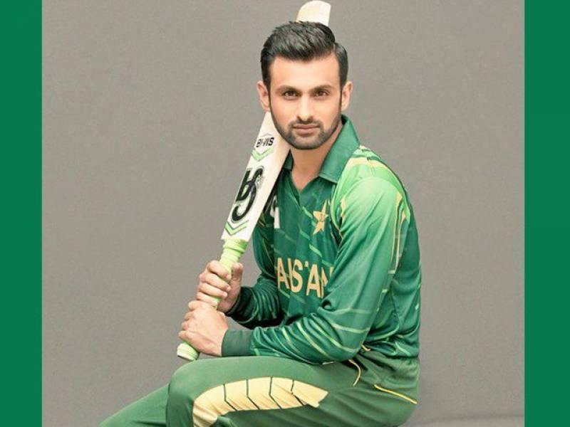 Shoaib Malik becomes first cricketer to play 100 T20Is