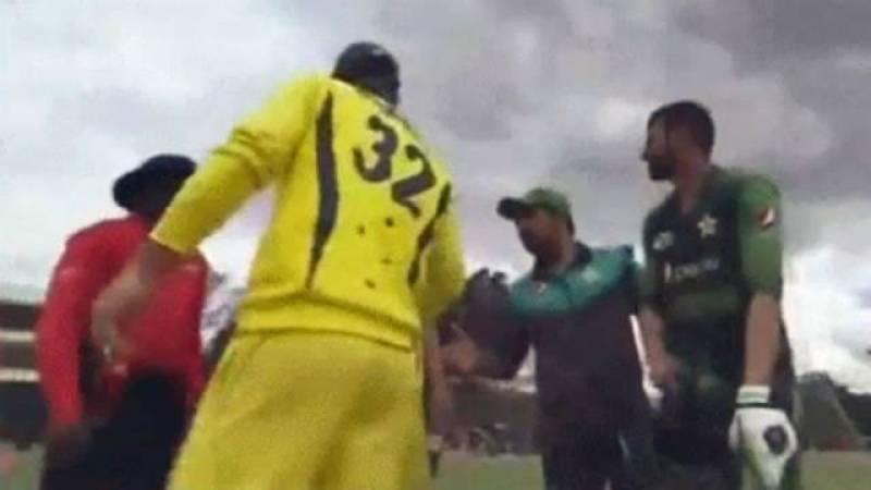 Australia' Glenn Maxwell explains why he didn't shake Sarfraz Ahmed's hand