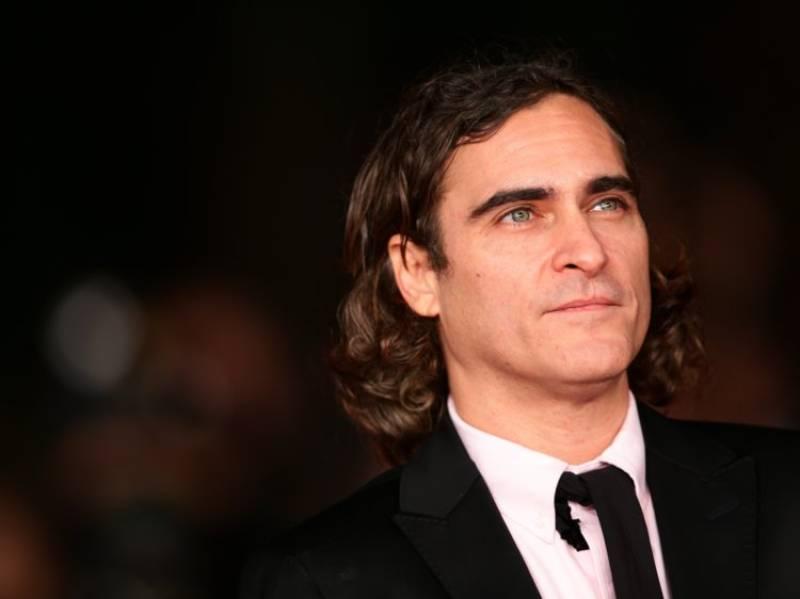 Joaquin Phoenix is The Joker in the new origin movie