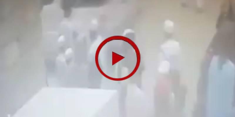 CCTV footage of bomb blast near Akram Durrani's convoy in Bannu (VIDEO)