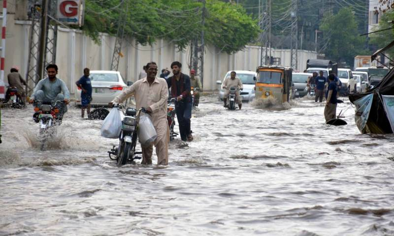 Heavy rain slows down routine life in Lahore