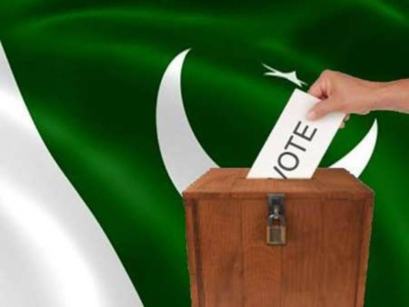 Elections special: Saheefa Jabbar and Yasir Hussain defend Pakistani celebs for choosing travelling abroad over voting