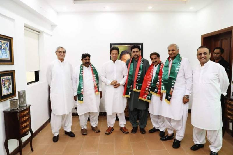 Four successful independents join Imran Khan, paving way for PTI-led Punjab govt