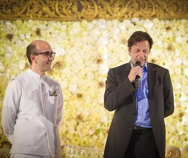 Imran Khan's billionaire friend Aneel Musarrat captured alongside Akshay Kumar