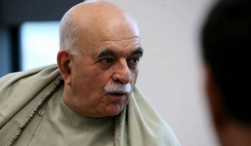 Mehmood Khan Achakzai, Senator Usman Kakar barred from meeting Nawaz at Adiala Jail