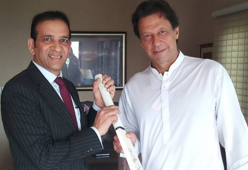 Imran discusses Kashmir issue in crucial huddle with Indian High Commissioner
