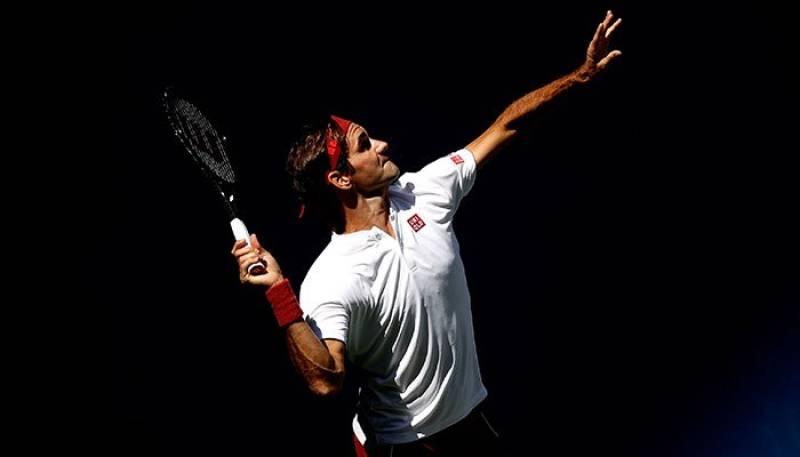 Federer out-guns Kyrgios, Kerber, Zverev toppled at US Open