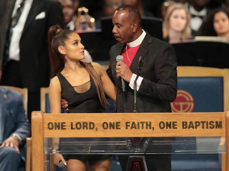 US bishop apologises for groping Ariana Grande at funeral