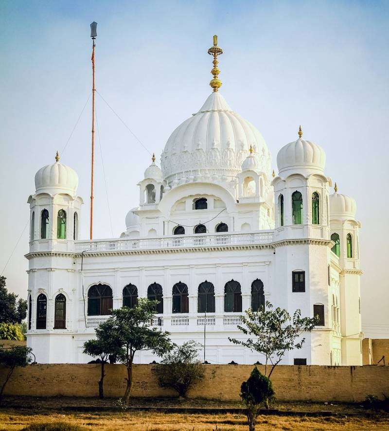 Sikh community welcomes Pakistan's decision to open Kartarpur border