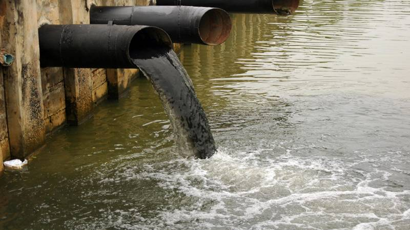 Water pollution more serious of a challenge than scarcity: Hydrologist pinpoints