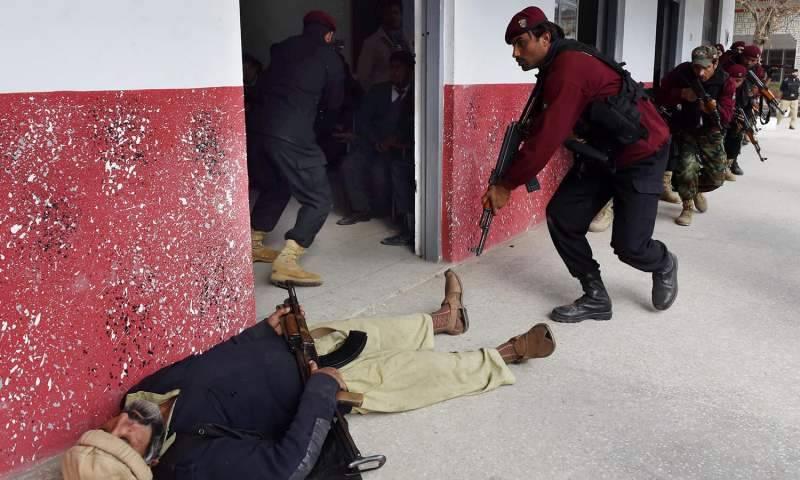 Bahawalpur police conduct anti-terror drills