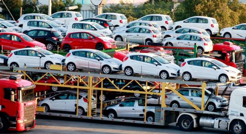 Non-filers banned from purchasing vehicles, property again