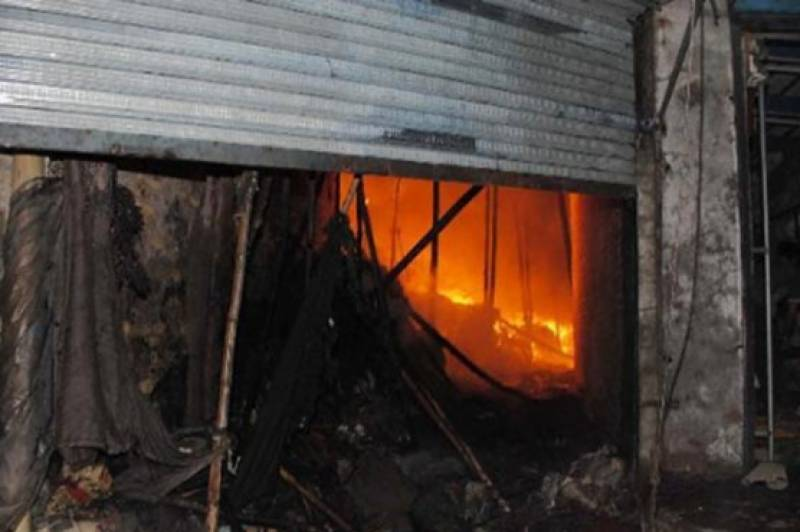 Legally constructed shop burnt to ashes amid LDA's anti-encroachment drive