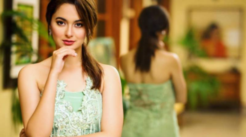 Hania Amir proves versatility by playing piano