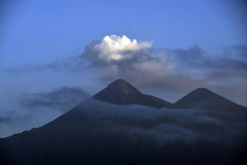 Search begins for nine climbers killed on Nepal peak