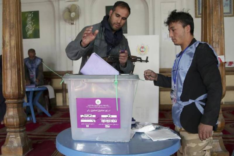Afghans go to polls amid serious security concerns