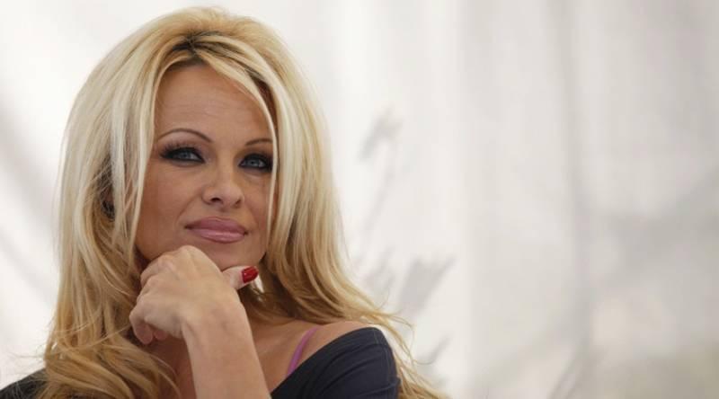 American star Pamela Anderson slams #MeToo being 'boring'