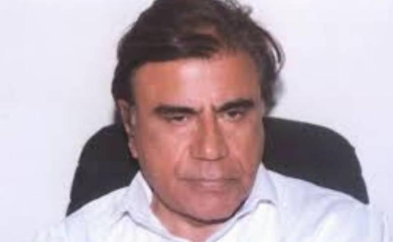 Tariq Aziz donates all his earnings to Pakistan