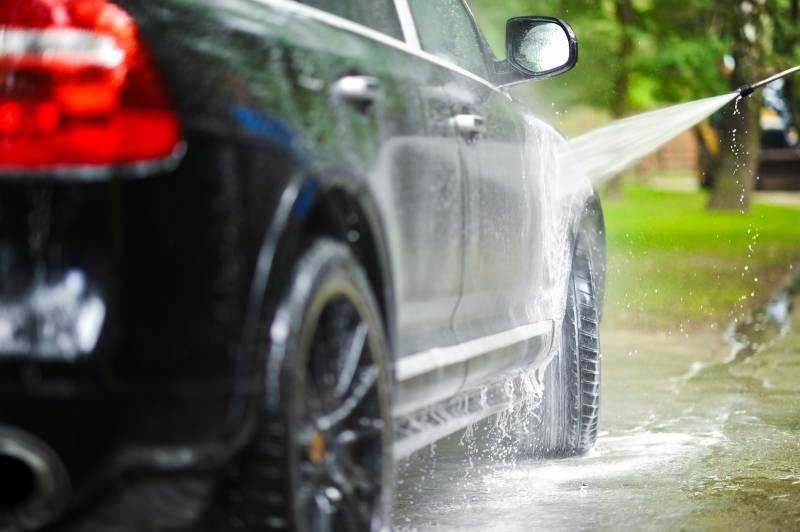 Punjab's top court bans use of hosepipes for washing cars
