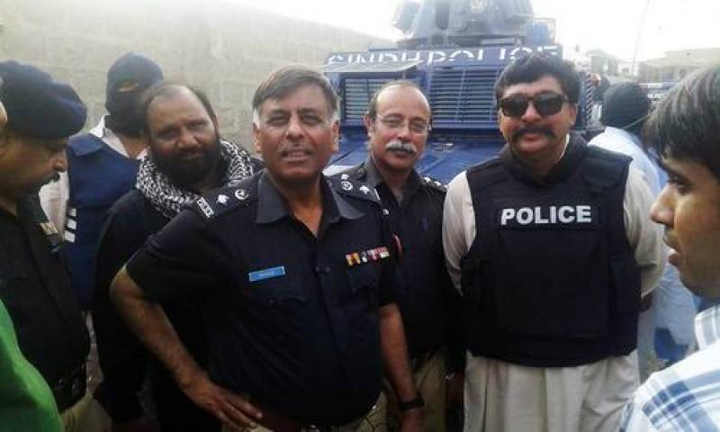 Tainted SSP Rao Anwar retires after 37 years