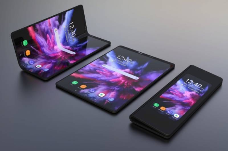 Samsung to launch foldable smartphone next month