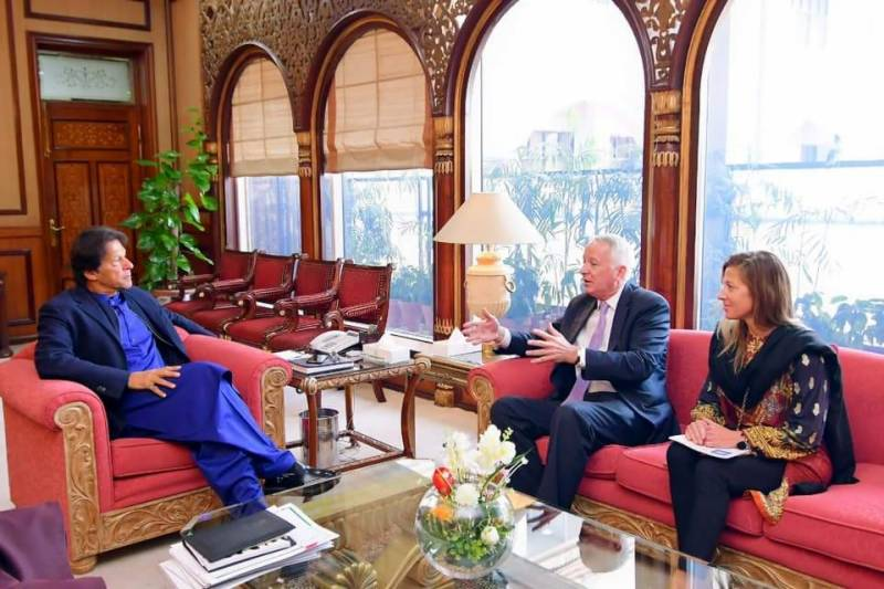 Political settlement only viable option to end Afghan conflict, PM Imran tells ex-US envoy