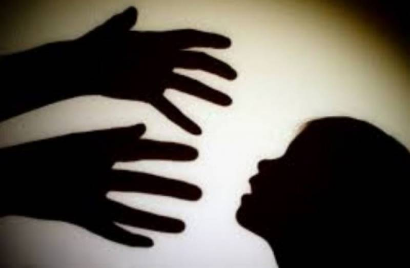 10th grade student sexually assaulted in Kasur