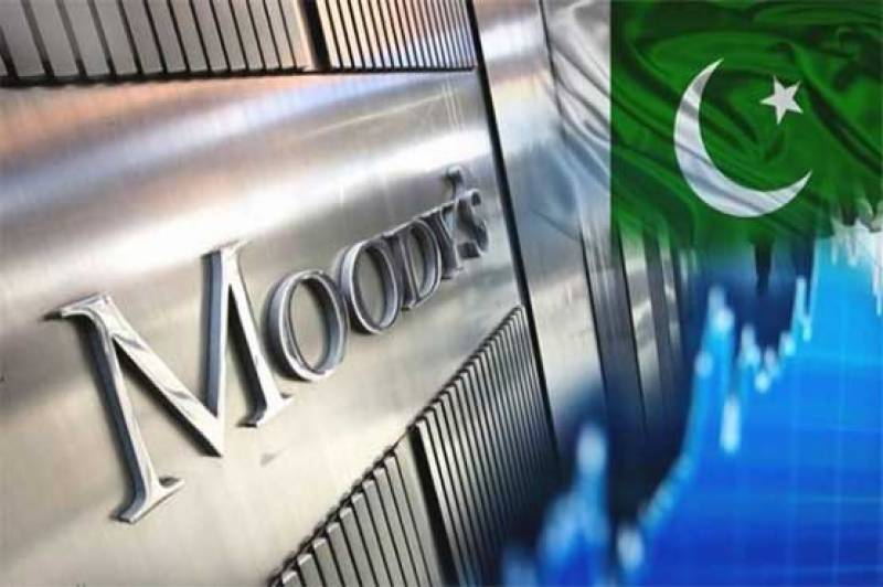 Moody's downgrades Pakistan's banking system to negative