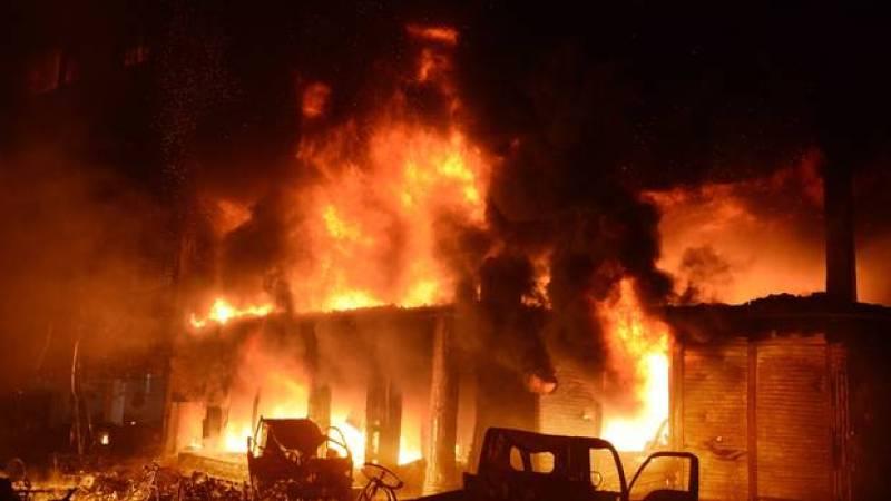 Bangladesh: Massive fire kills at least 70 in historic Dhaka district