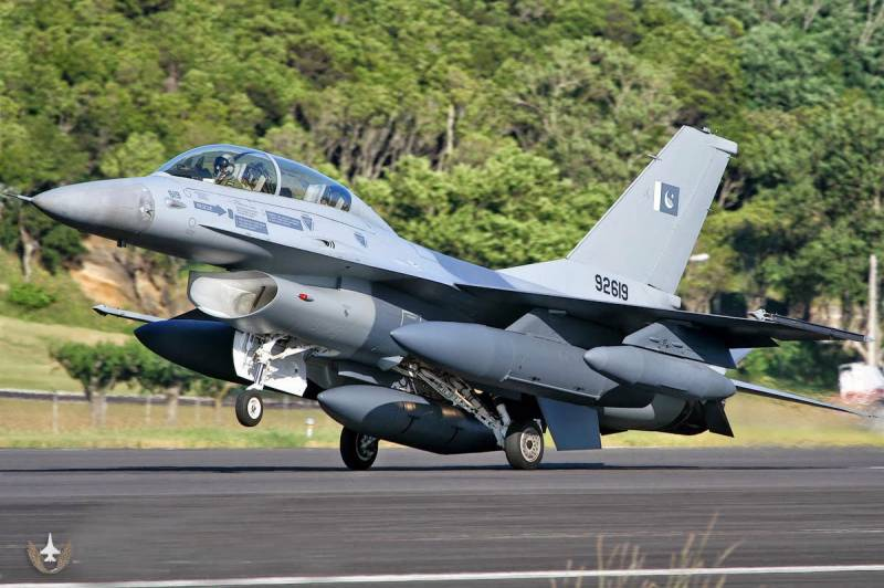 Did Pakistani, Indian air forces just come face to face? Conflicting reports about sonic booms near Working Boundary emerge