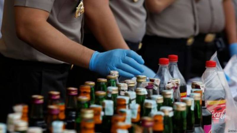 Toxic alcohol kills 133 in India