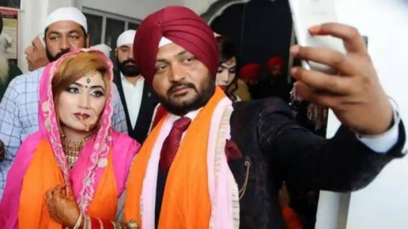 This Indian guy just married a girl from Sialkot