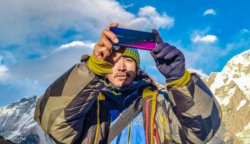 OPPO F11 Pro goes Mount Everest captures breathtaking pictures