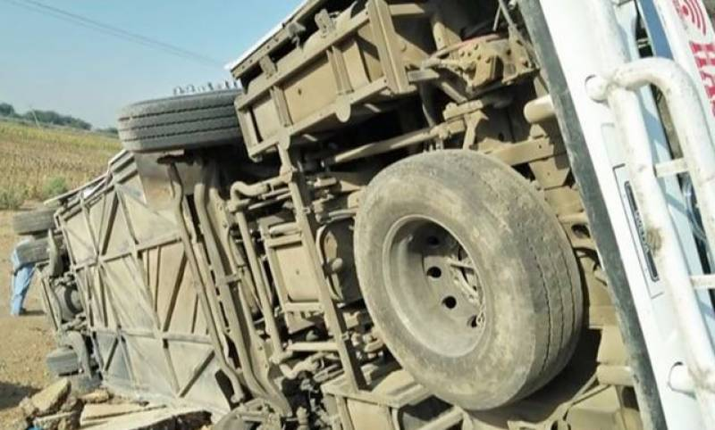 At least 7 killed in Badin bus accident