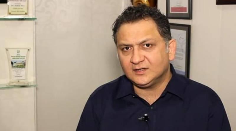 Cricket Analyst Dr Nauman Niaz wins battle against Cancer, announces return to Pakistan ahead of World Cup