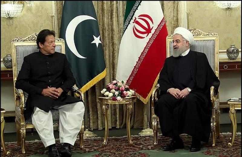 PM Imran, President Rouhani discuss bilateral ties in Tehran