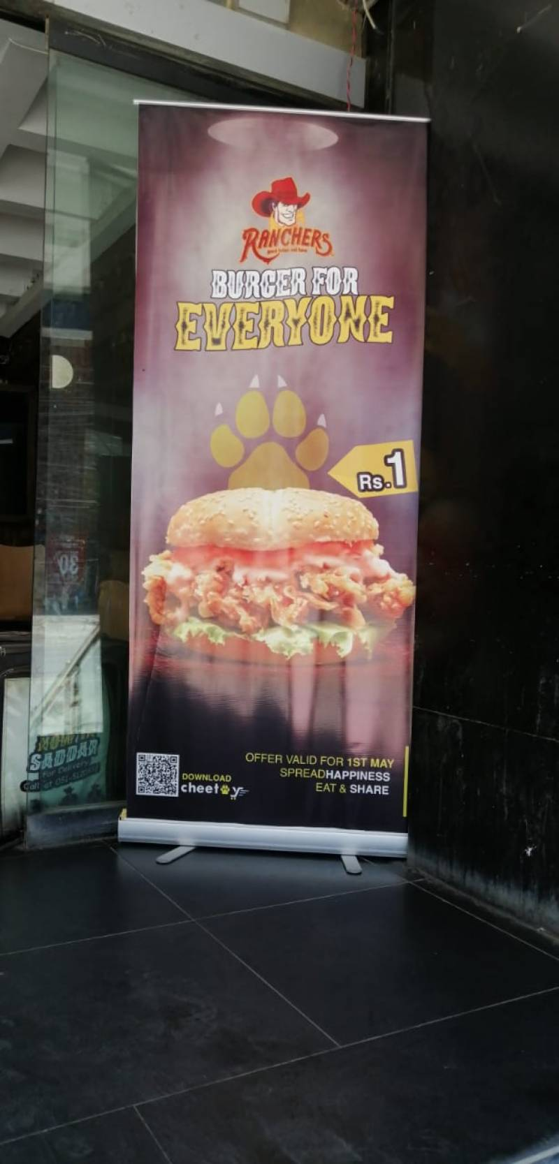 One deal to rule them all—Cheetay making waves with its PKR 1 burger deal in Islamabad and Rawalpindi