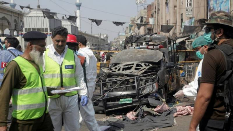 TTP's offshoot Hizb-ul-Ahrar claims responsibility for Lahore's Data Darbar blast