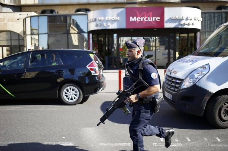 Several hurt in suspected package bomb blast in France