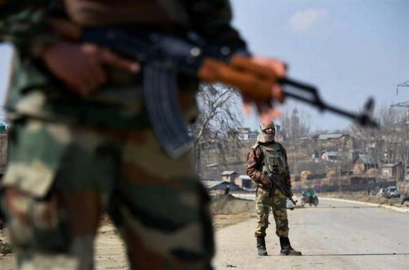 Indian troops kill at least two Kashmiri youth in Shopian